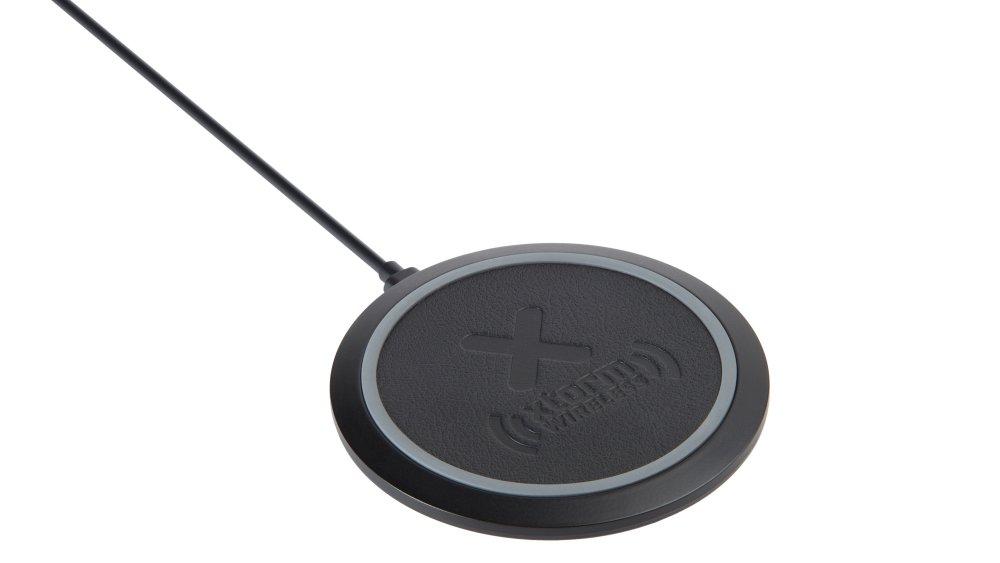 Xtorm Wireless Fast Charging Pad Freedom XW202
